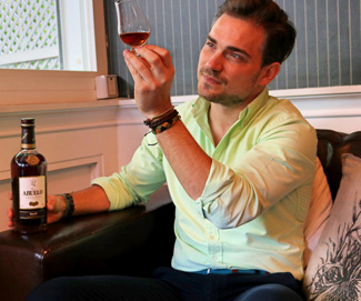 Rum connoisseur interview of the week: CRISTOBAL SROWSKI  Bartender, connoisseur, historian, Ambassador, and lover of fantastic rum!