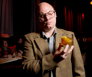 Rum Connoiseur Interview of the Week: CAMPER ENGLISH Internationally recognized Cocktail expert, writer, journalist, trendsetter/finder and legendary blogger.